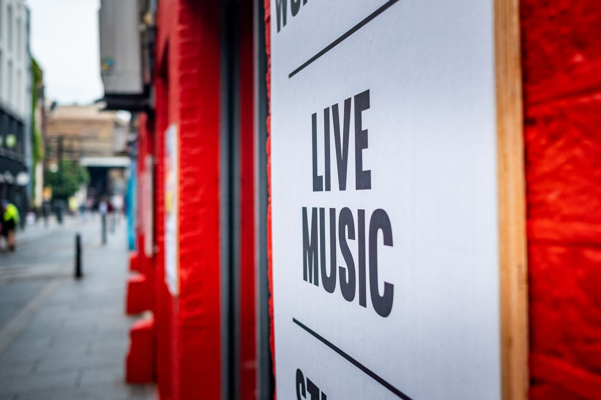 Live music sign at venue
